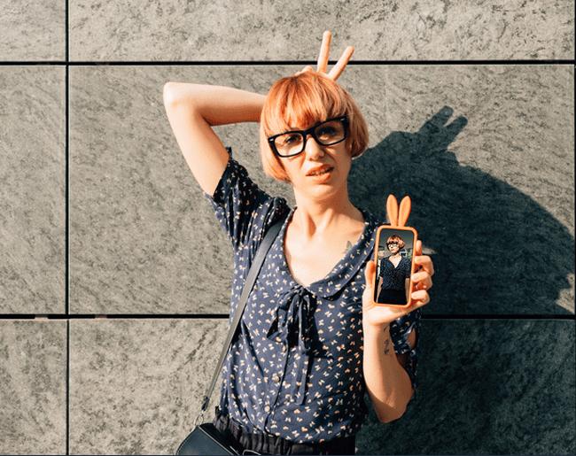 girl bunny smartphone